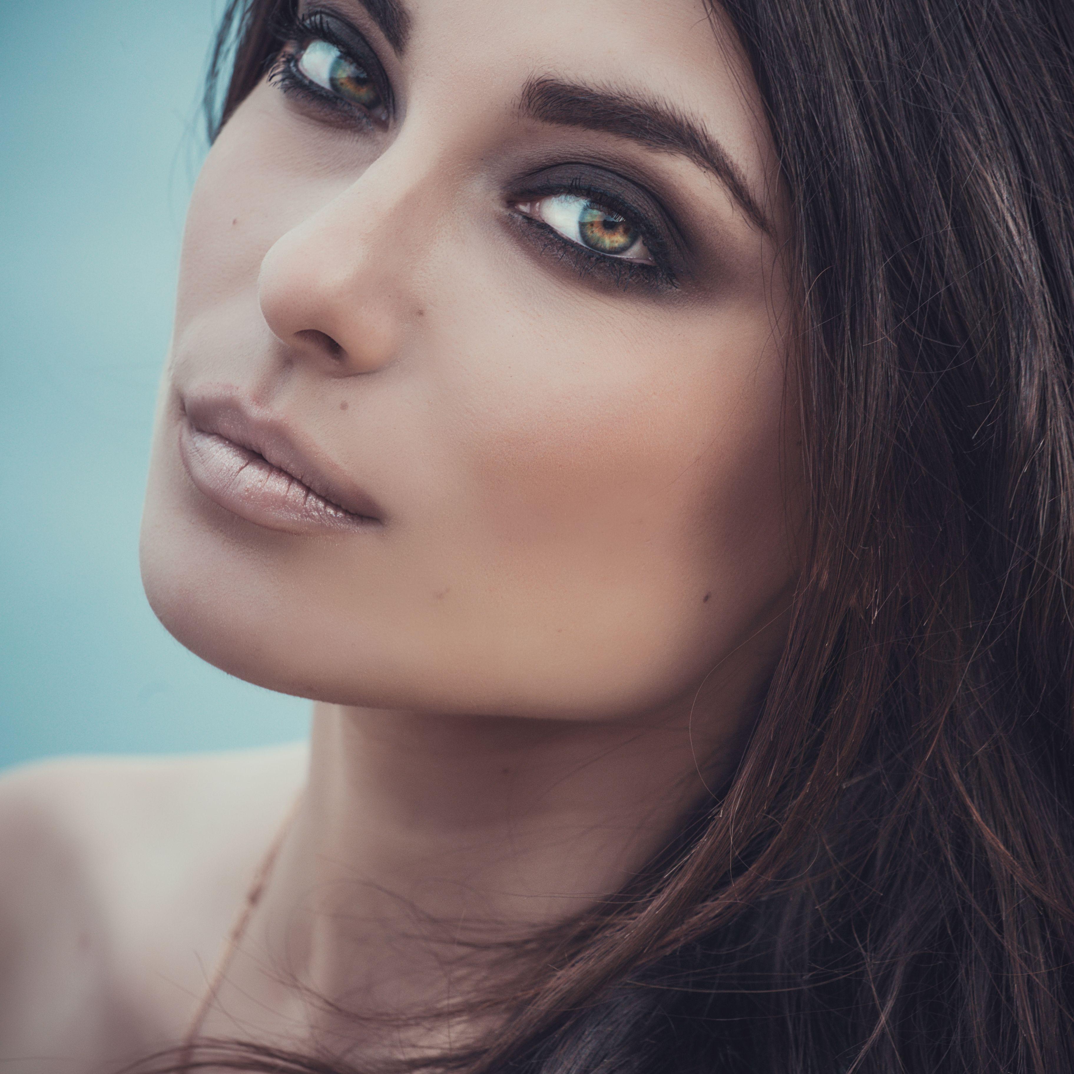 A Makeup Must How To Do Smokey Shadow Hazel eye