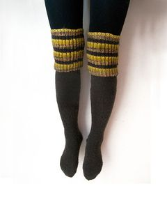 perfect boot socks pattern - nice and simple on the bottom ...