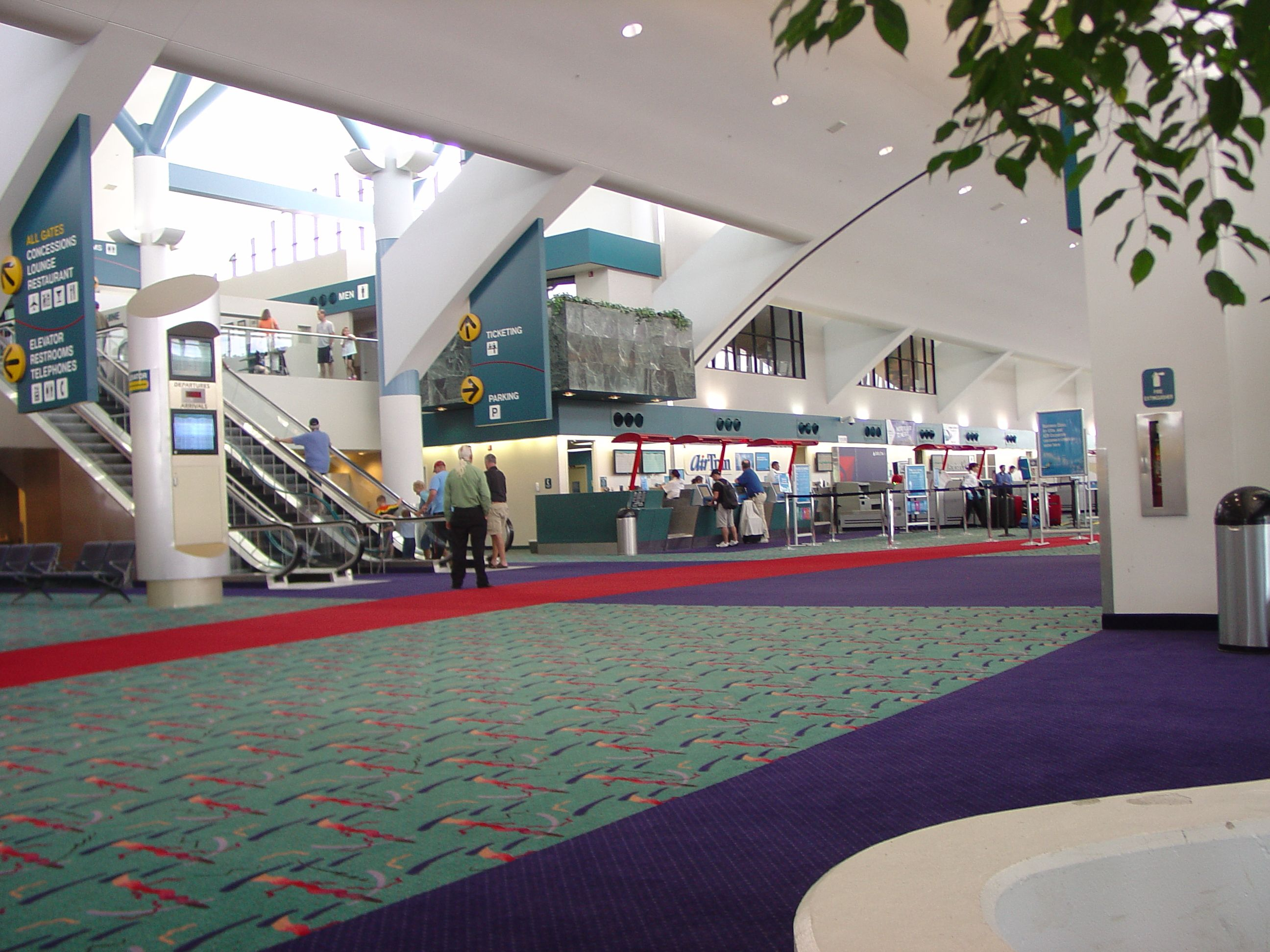 Flint Michigan Airport Airport Signage Pinterest Flint Michigan - Michigan airports