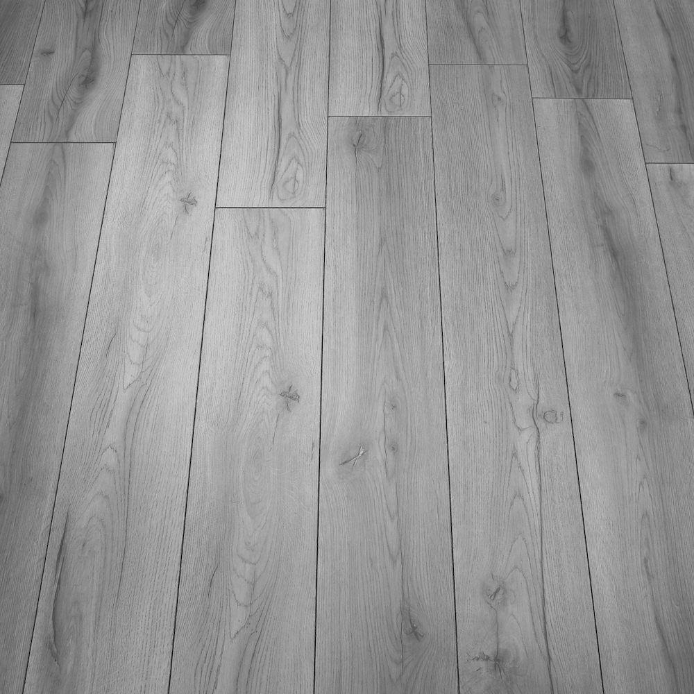 Grauer Laminatboden, Massivholzböden, Graues Zimmer, Ideen Bodenbelag, Der  Boden, Büro Ideen, Zukünftiges Haus, Dachboden, Deko Ideen