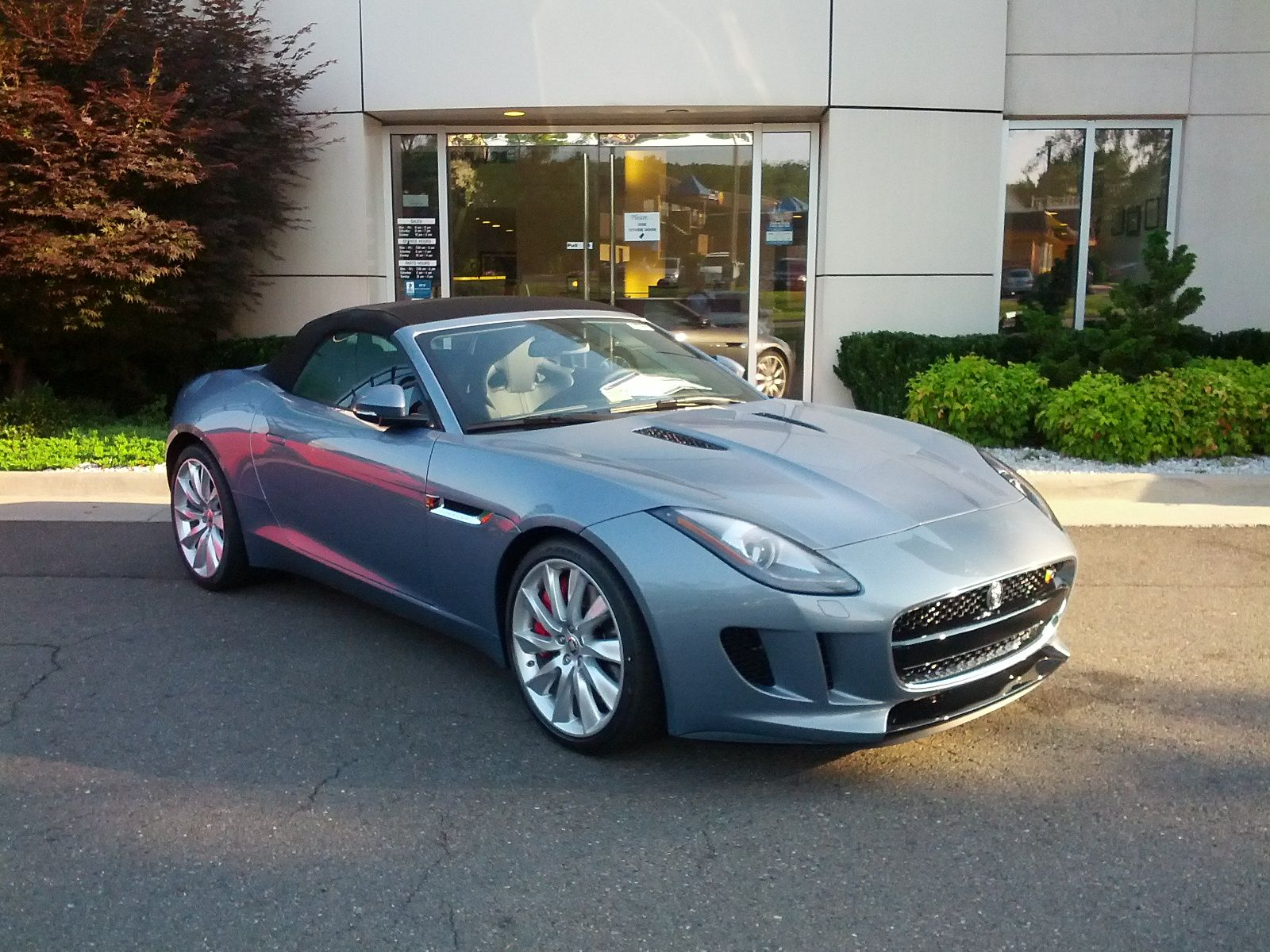 Couldn T Resist Taking A Few Pics Of This Very Nice Looking New Jaguar F Type Yesterday On The Lot Same Car As Xk Version Without Rear Jump Seat