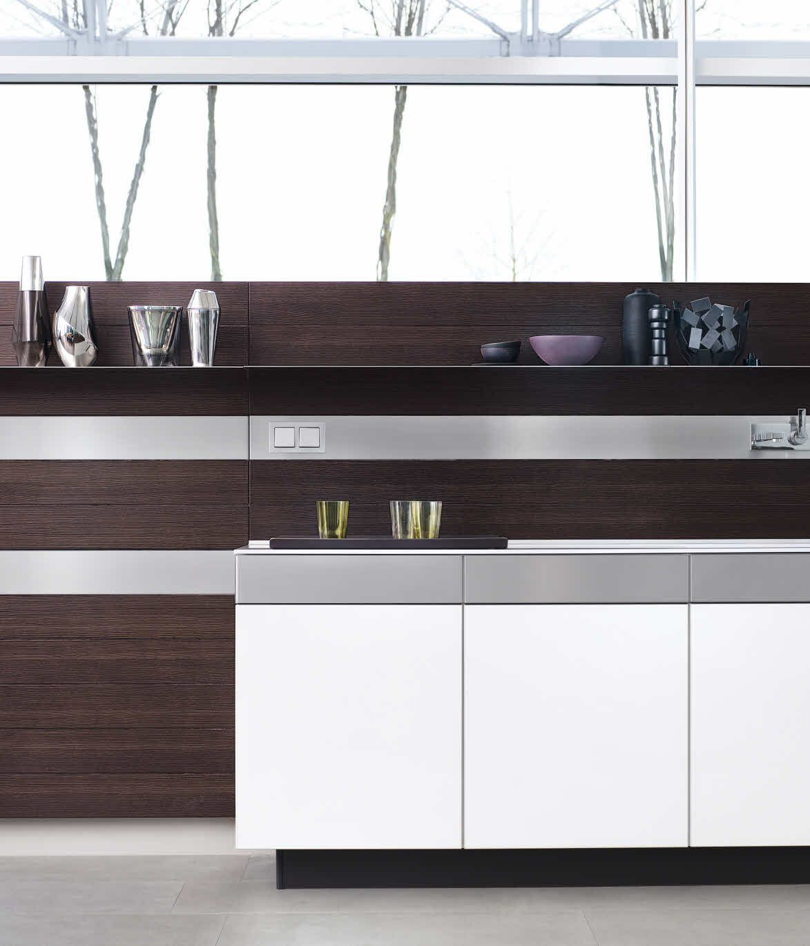 +ARTESIO_glass polar white_brushed pine by Poogenpohl ...