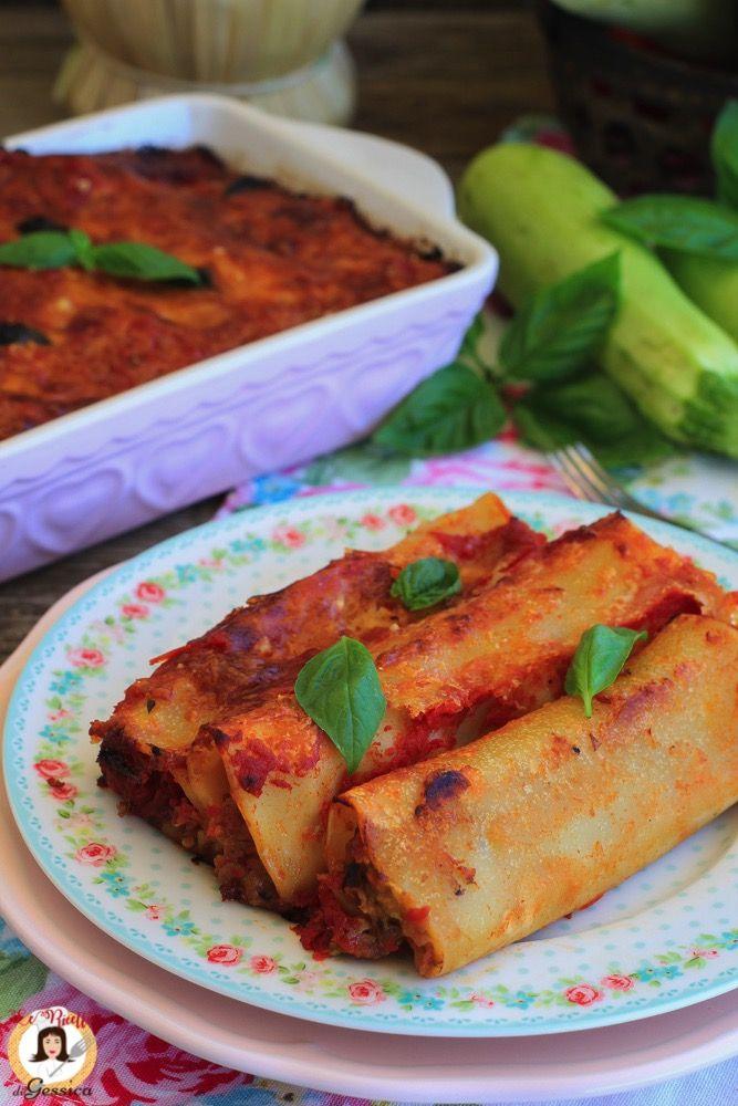 Ricetta Dei Cannelloni Ripieni Di Verdure Pasta Al Forno Vegetariana Senza Carne Con Melanzane Zucchine Peperoni E Pomodoro P Ricette Pasta Al Forno Verdure