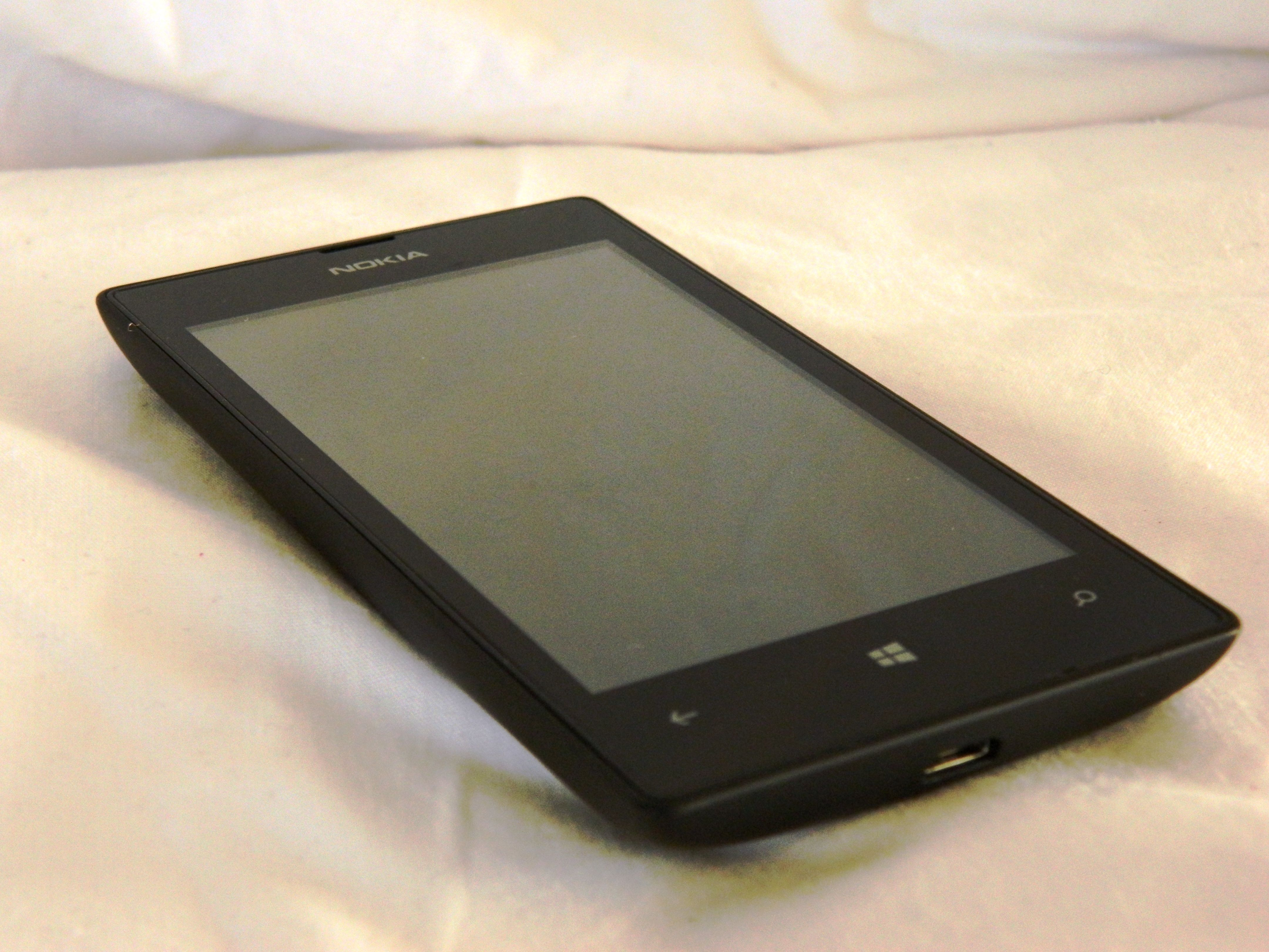 Selling this Lumia 520. A great affordable smartphone. With Windows 8.1 installed. See more here: http://www.ebay.com/itm/151573475848?ssPageName=STRK:MESELX:IT&_trksid=p3984.m1555.l2649  See it here: http://youtu.be/ndEha9MzPBs