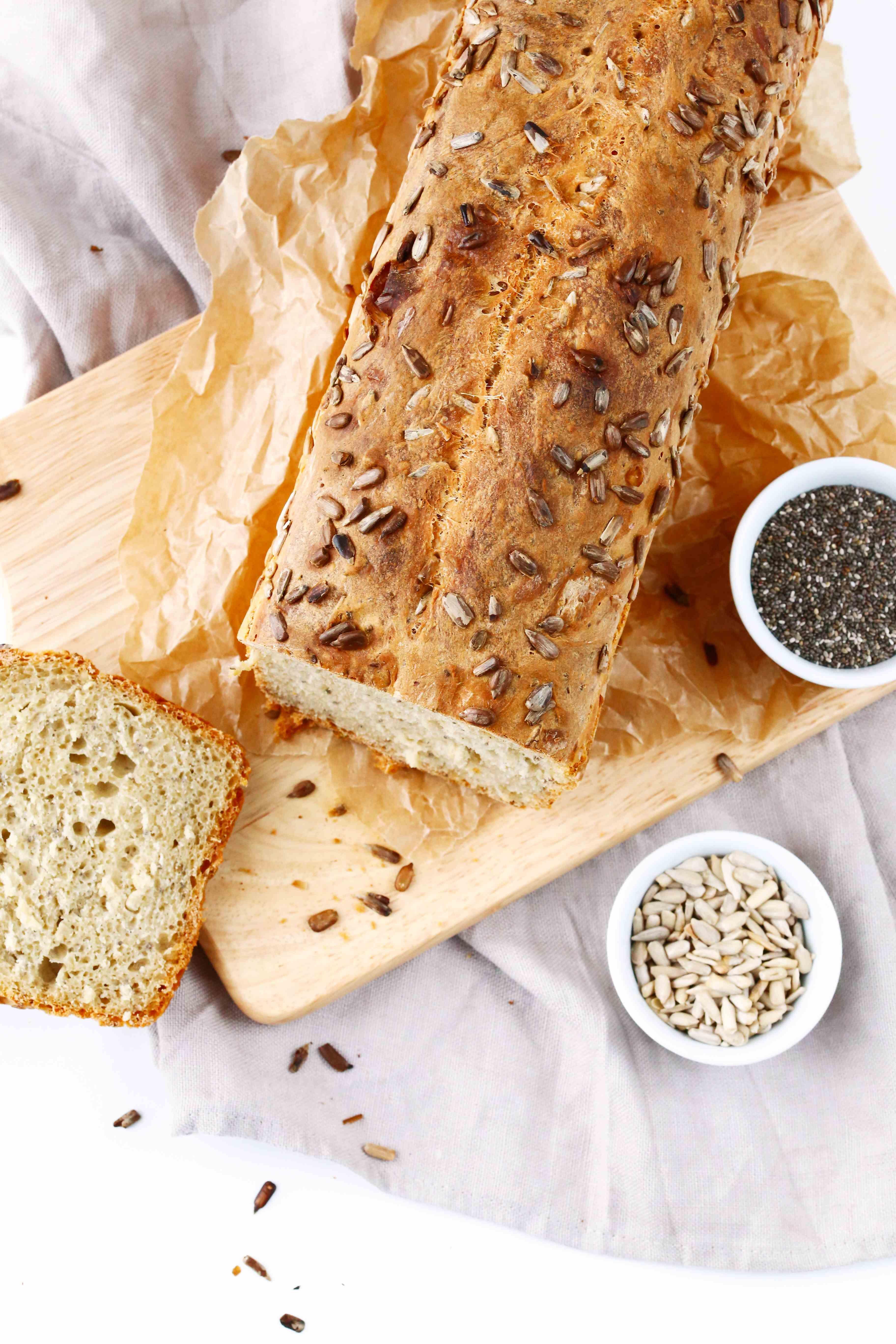 Dinkel Joghurt Brot Mit Chia Samen Recipe Brot Chia Samen Brot