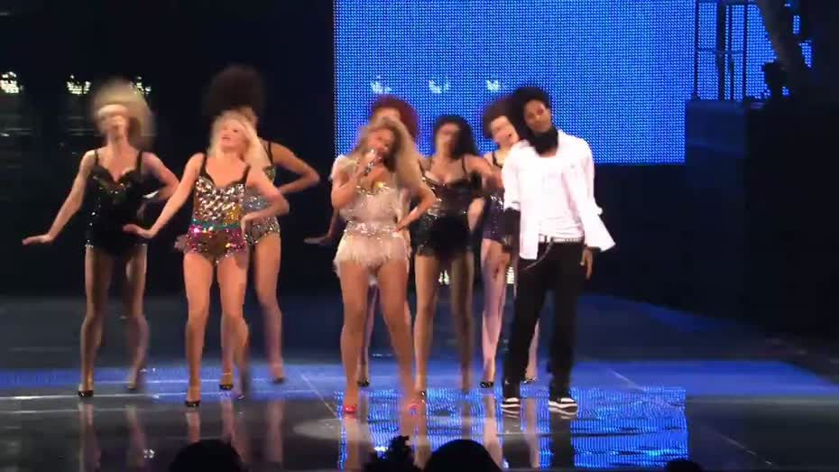 Beyoncé performs End of Time 60 Second Preview