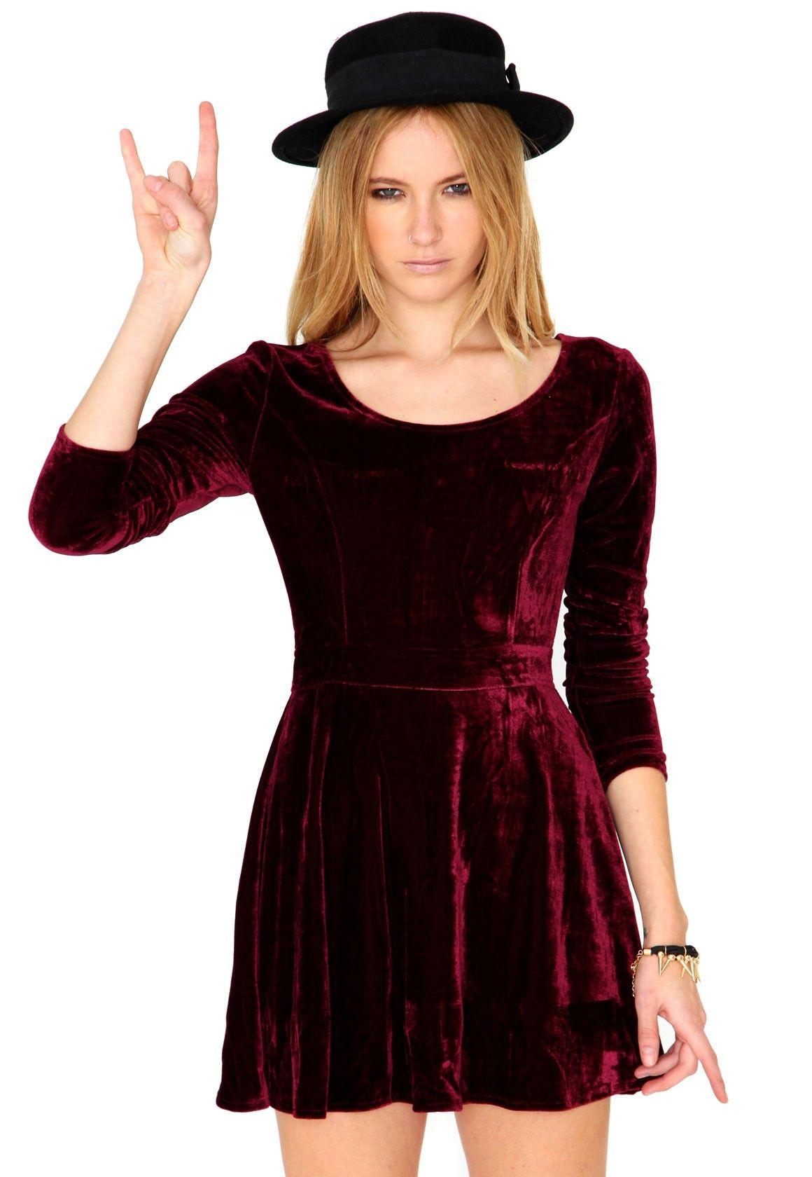 Maalika Long Sleeve Velvet Skater Dress In Burgundy