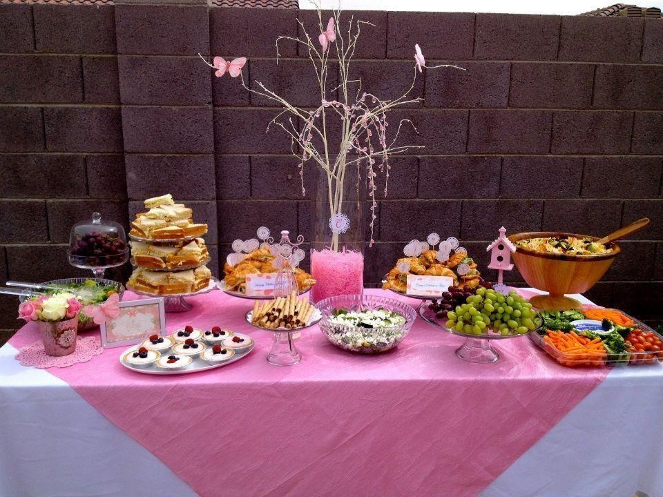 Baby shower table LIKE us on Facebook   http://www.facebook.com/superglampartydecor
