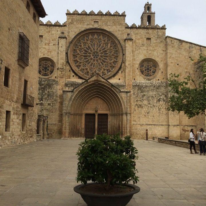 Sant cugat del vall s en barcelona catalu a - Arquitectura sant cugat ...