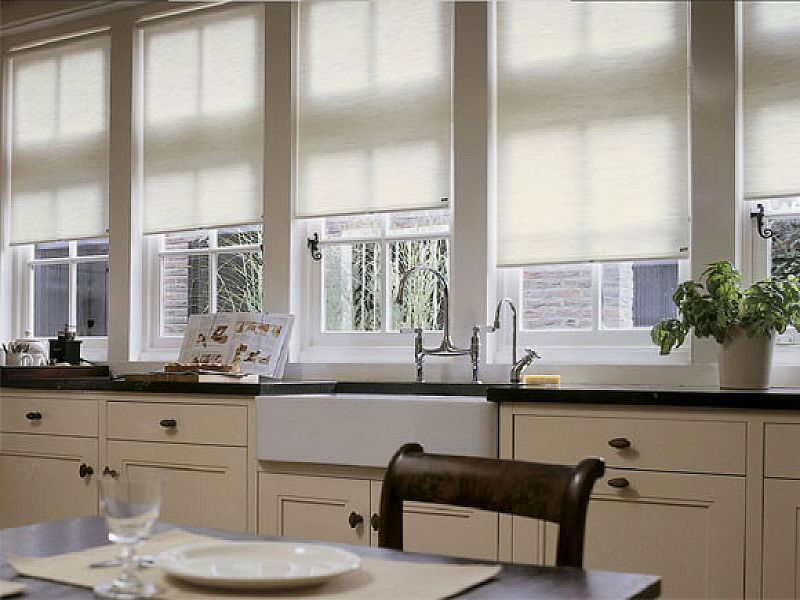 Stylish Curtain Roller Blinds Kitchen Ideas