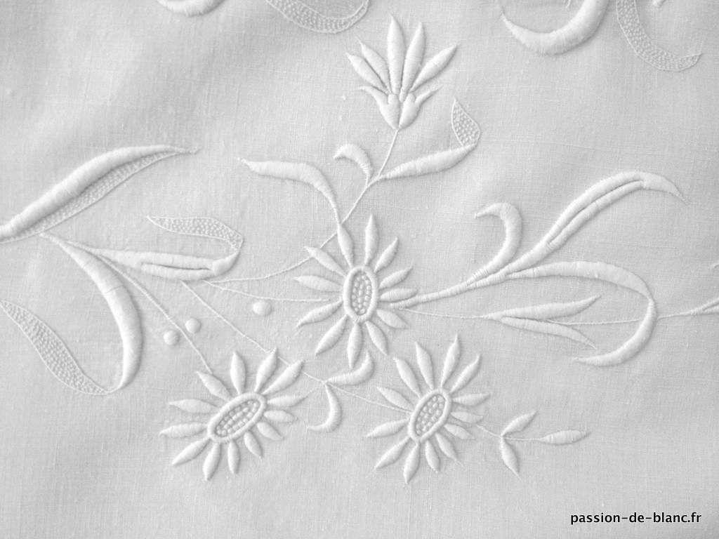 linge ancien de lit draps taies linge ancien tr s beau drap en lin fin avec magnifique. Black Bedroom Furniture Sets. Home Design Ideas