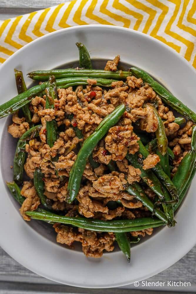 Spicy Ground Turkey And Green Bean Stir Fry Slender Kitchen Recipe Turkey And Green Beans Stir Fry Green Beans