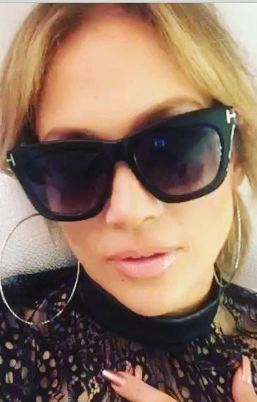 aa937090851a Who made Jennifer Lopez s black sunglasses