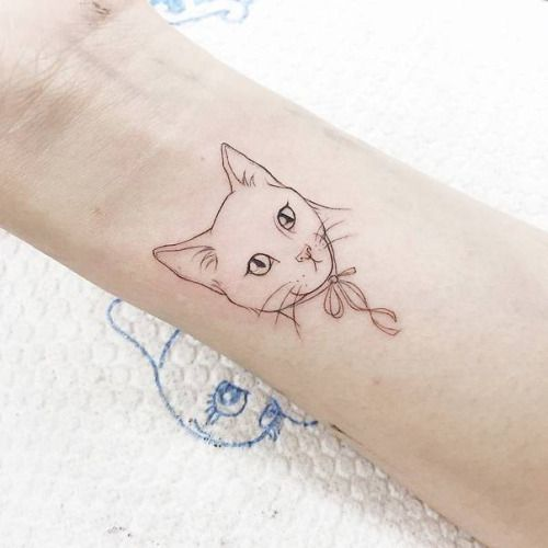 illustrative style cat tattoo on the left wrist tattoo artist wrist tattoos pinterest. Black Bedroom Furniture Sets. Home Design Ideas