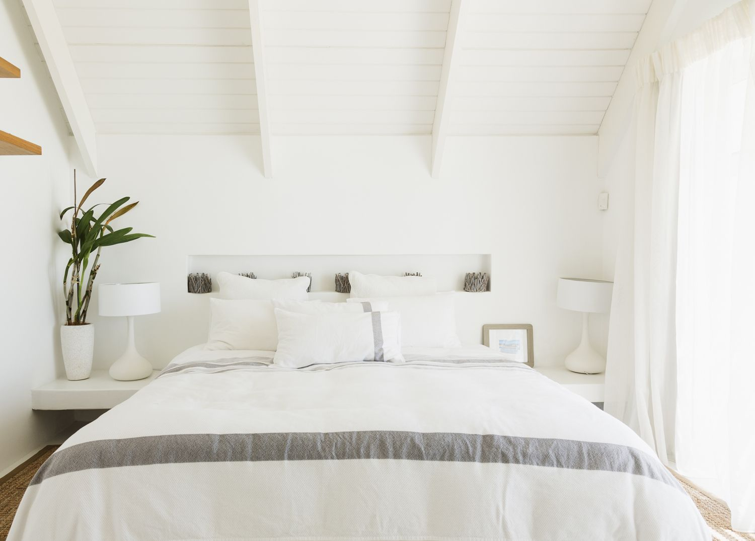 Bedroom lights ideas   Ways To Get Creative With Bedroom Lighting  Bedrooms Bedroom