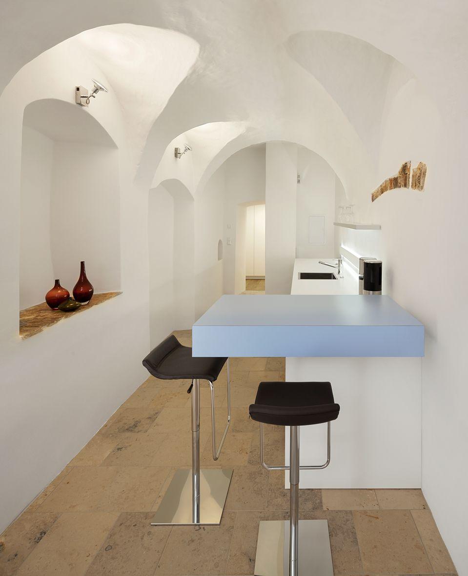 Gewölbe, Tisch, beleuchtetes Element, Sitzgelegenheit, Hocker ...