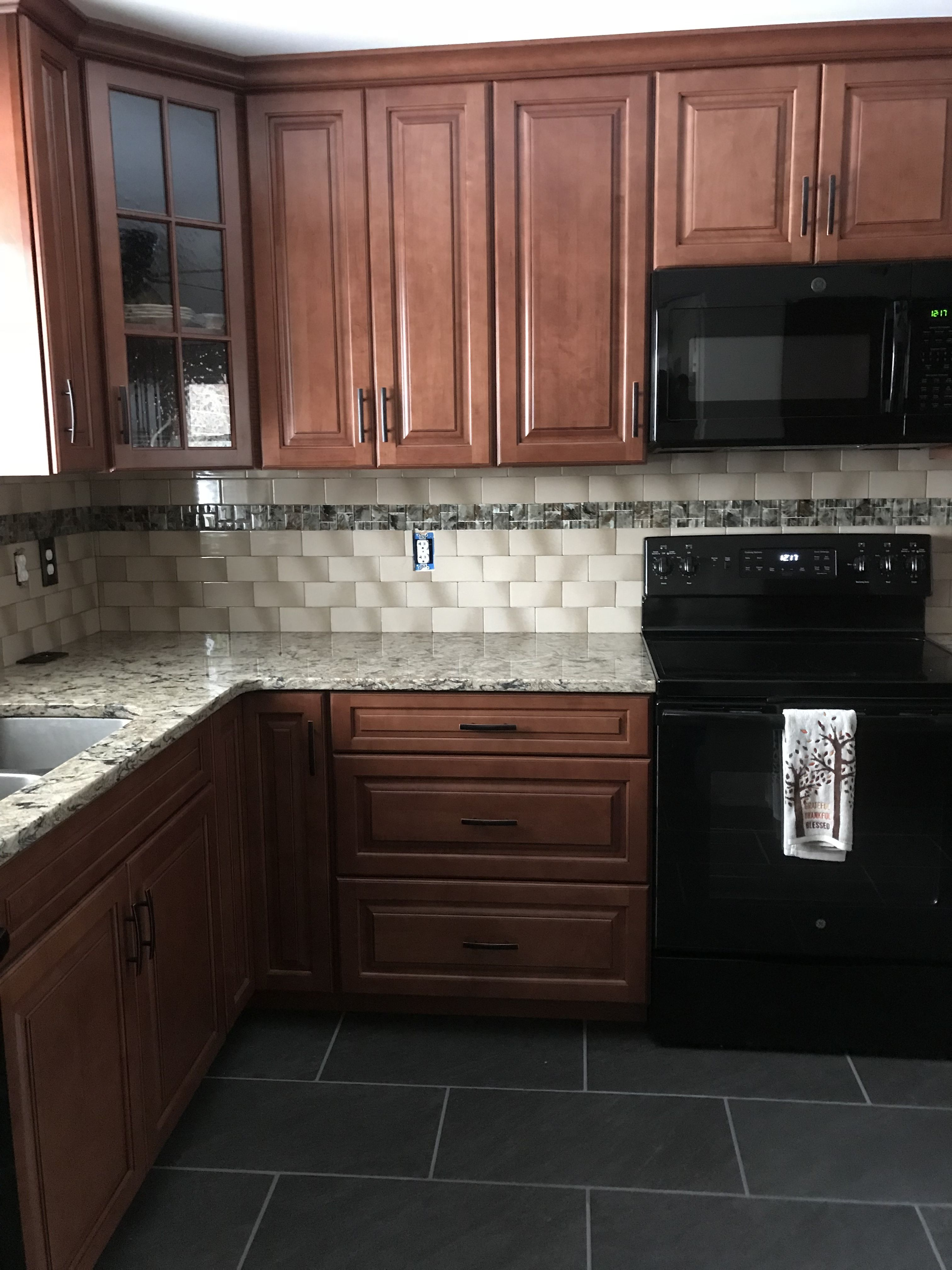Waypoint Maple Auburn Glaze Cabinets/Cambria Bradshaw ... on Maple Kitchen Cabinets With Quartz Countertops  id=96280
