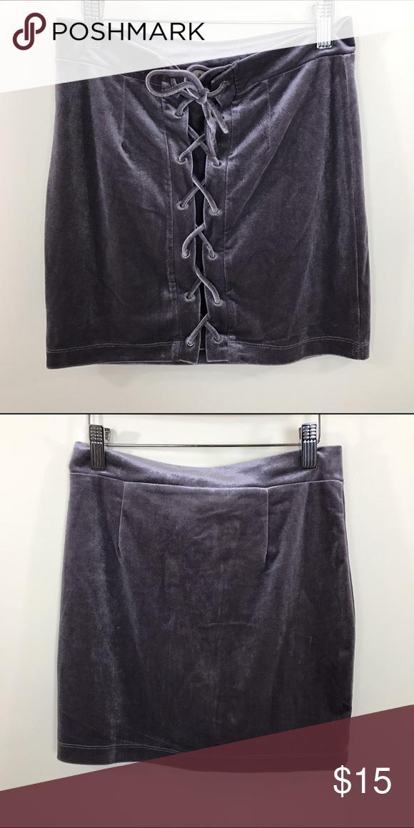 Lace up mauve velvet skirt Lace up mauve velvet skirt 95% polyester 5% spandex Skirts Mini