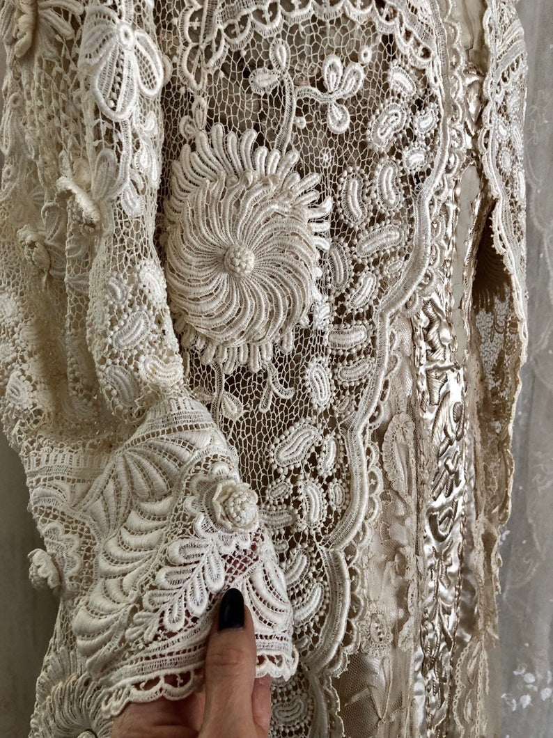 Exquisite Antique Irish Lace Wedding Coat / Museum / Crochet Lace / Bridal / Antique Dress /Ivory / Size Sm / Med #irishlace Exquisite Antique Irish Lace Wedding Coat / Museum / Crochet | Etsy #irishlacecrochet