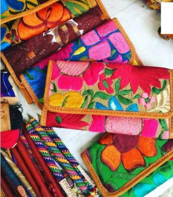 * Carteras y bolsas para dama de gamuza en tela y bordadas estampadas en diferentes modelos y colores : Precio de mayoreo: *Cartera para da...130535818