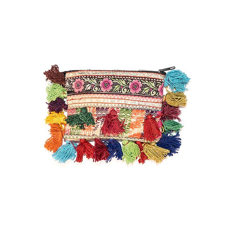 Nesecer hecho a mano con telas antiguas y borlas