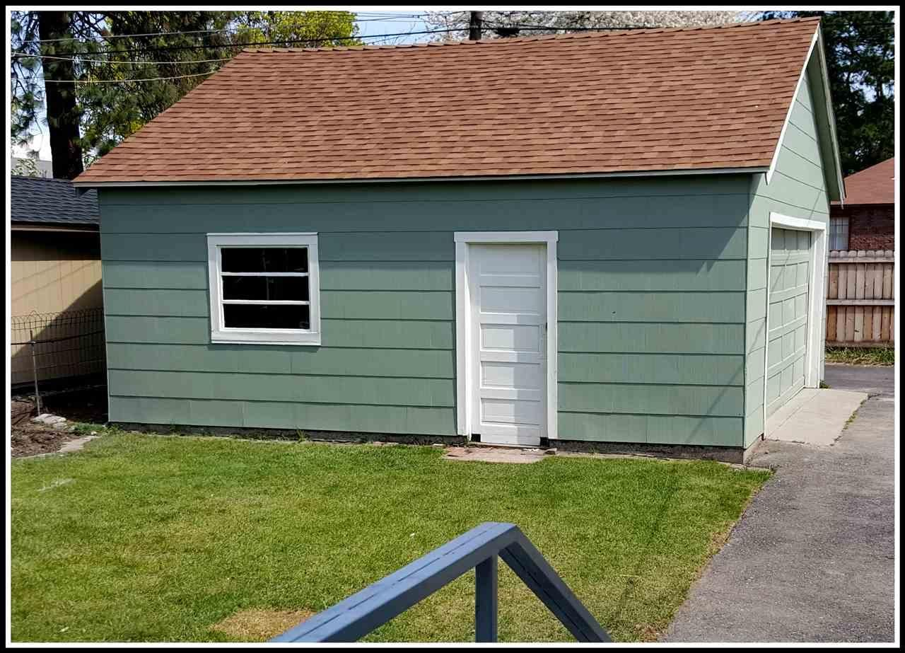 New Paint inside and out with lifetime aluminum roofing