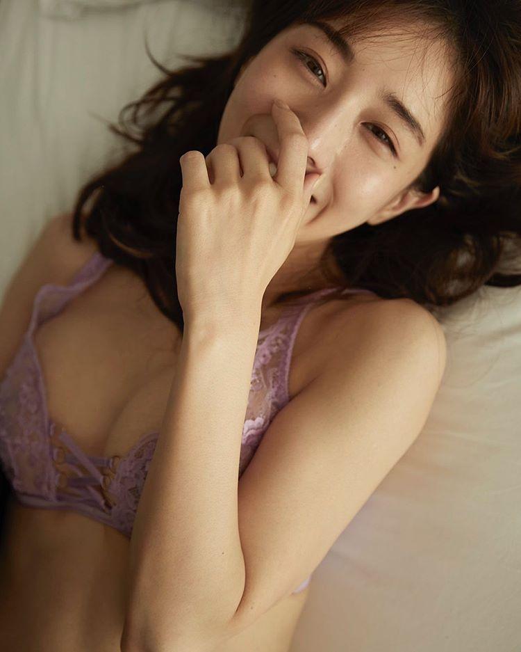 田中 みな 実 1st 写真 集