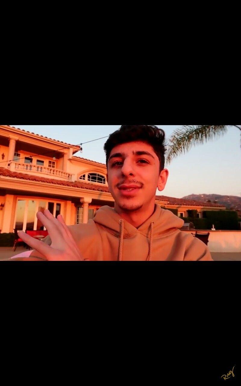 Faze Rug Love Ur Vidssss Youtube Stars Youtube Kids Rugs