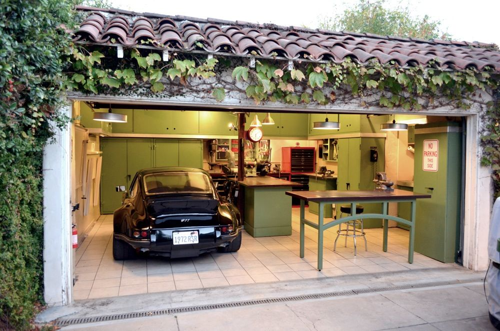 One of the best small garages ever jack olsen 39 s 12 gauge for Garage sees automobile