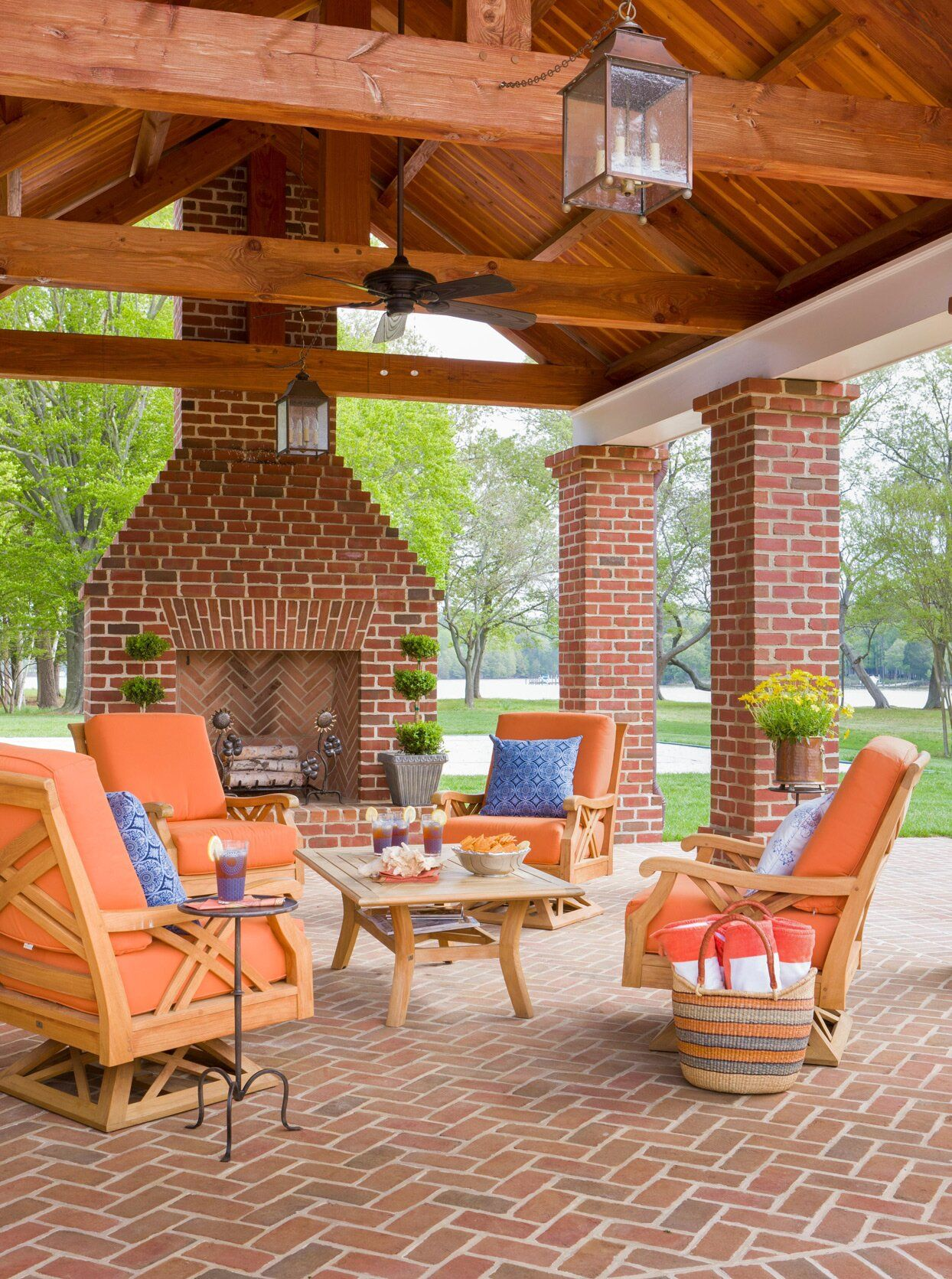 23 cozy outdoor fireplace ideas for the most inviting