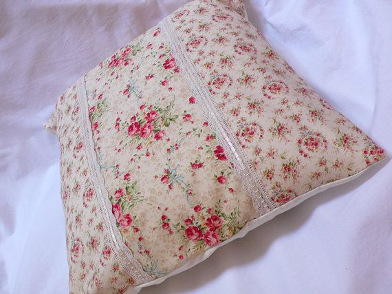 cushion cover with Rose and ribbon print  ecru by VallondesTresors, €17.50