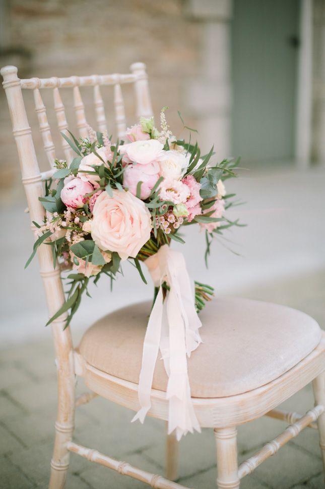 Palast-Ställe, die ruhige vertraute Hochzeit Co Armagh heiraten #flowerbouquetwedding