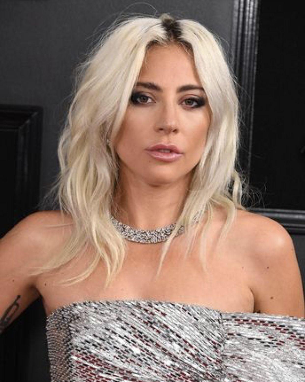 Angel Lady Gaga Lady Gaga Hair Platinum Blonde Hair Lady Gaga Pictures