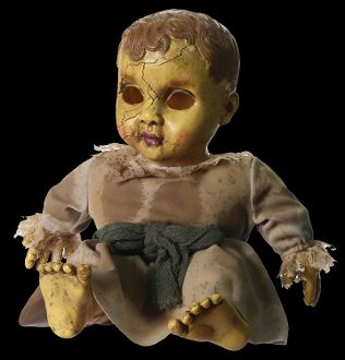 Creepy Realistic Haunted Doll With Sound Has A Spooky Face