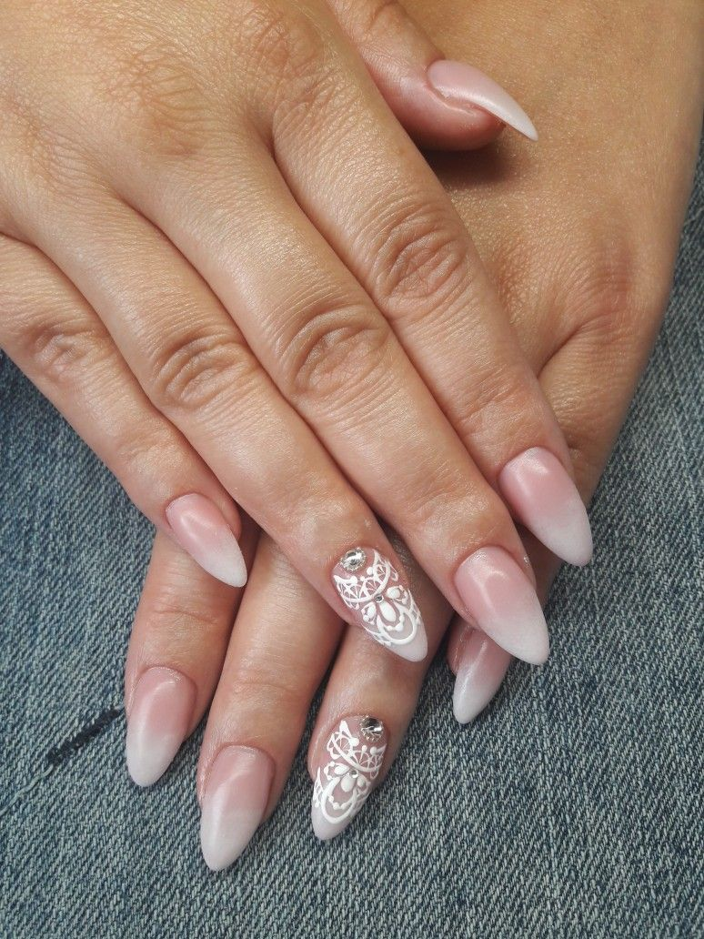 Pin by Barbara Kiss on Barbi nails | Pinterest | Manicure and Ombre