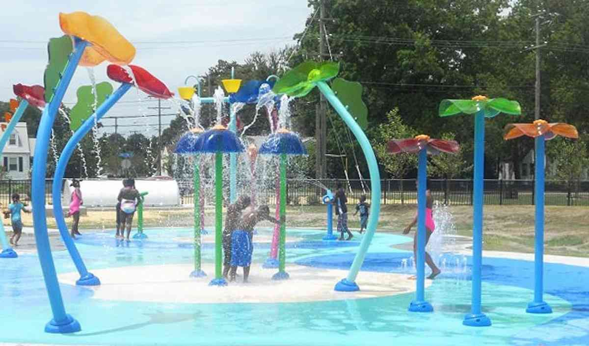 vortex splashpad at norview community center norfolk va vortex