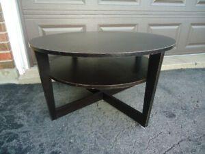 BLACK ROUND IKEA COFFEE TABLE WITH SHELF | Ikea round ...
