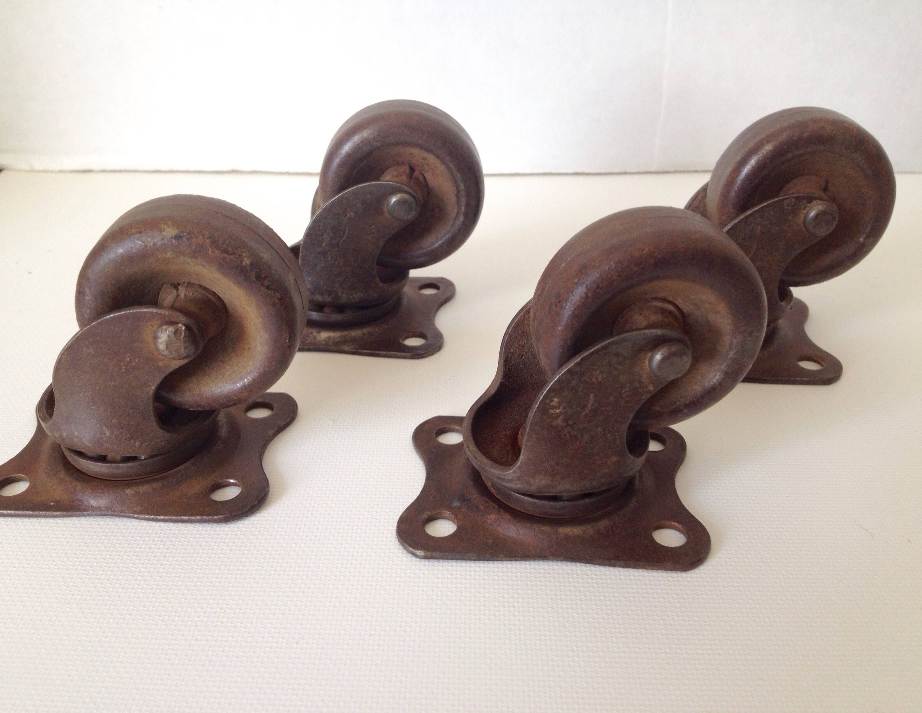 Antique Casters Lot Of 4 Industrial Rotating 1 1 2 Inch Wheel Marked Universal 7 Vintage Hardware By Arou Vintage Hardware Metal Casters Architectural Pieces