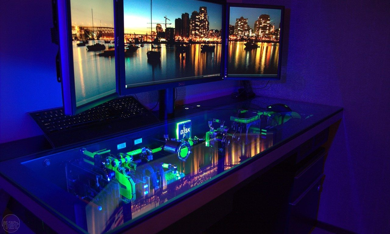 Awesome computer setups - Here Are 10 Extreme Gaming Desks For You To Drool Over Computer Setupgaming