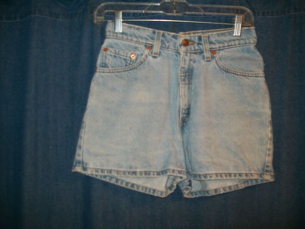 Levis 512 Slim Fit Jeans Shorts Size 7 Waist Sexy summer hot USA Red Tag Mom #Levis #CasualShorts