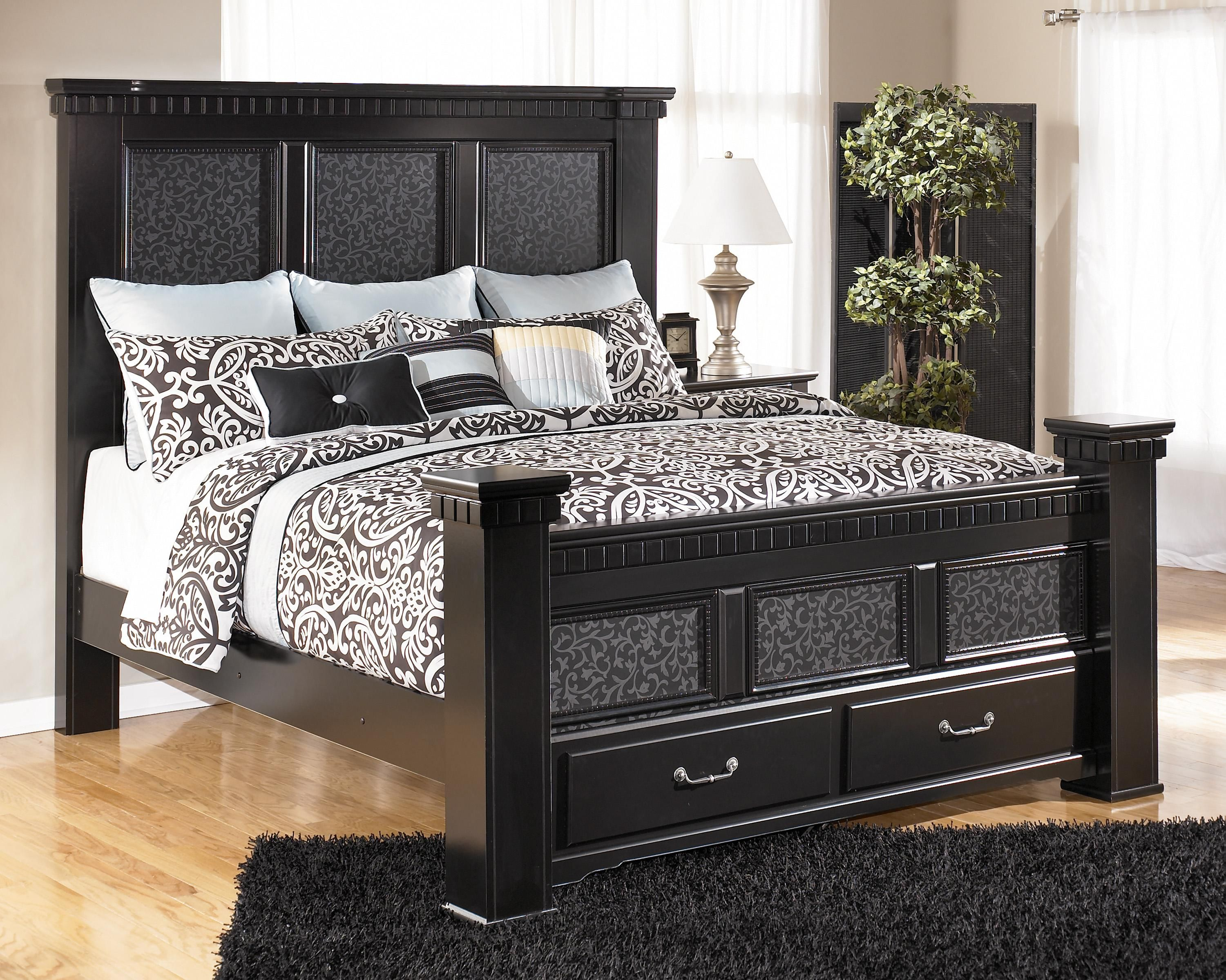 Cavallino King Mansion Bed with Storage Footboard by ...