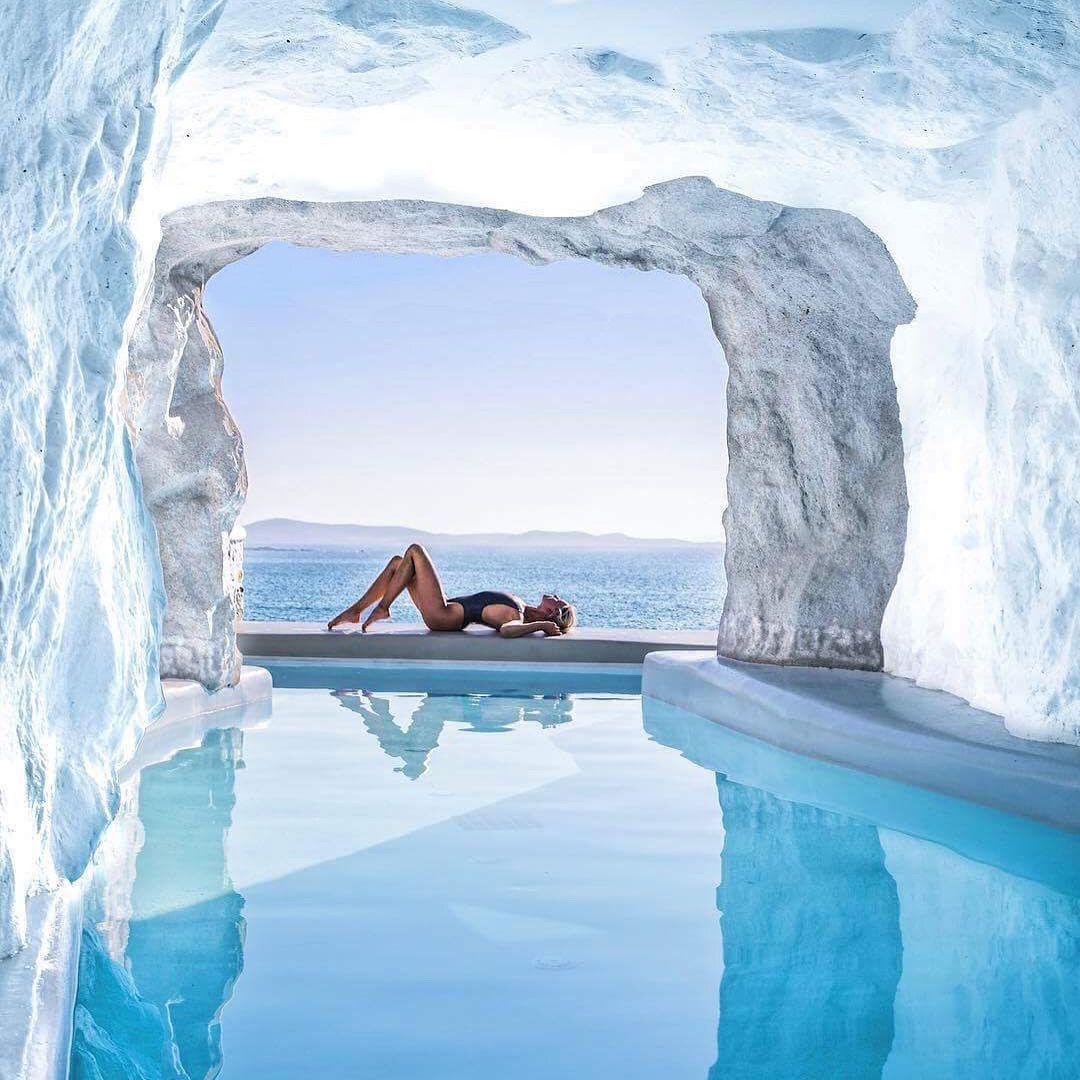 5 Hotel Pools That Will Make Your Jaw Drop