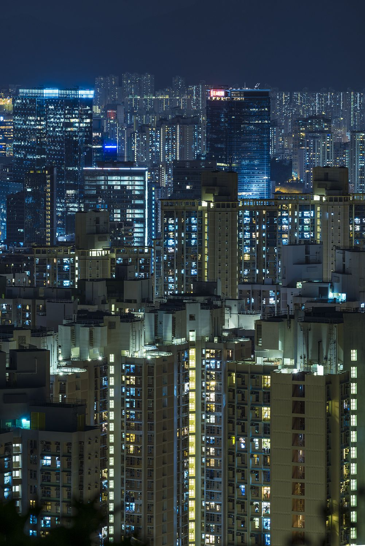 Devil's Peak, Hong Kong by mikemikecat