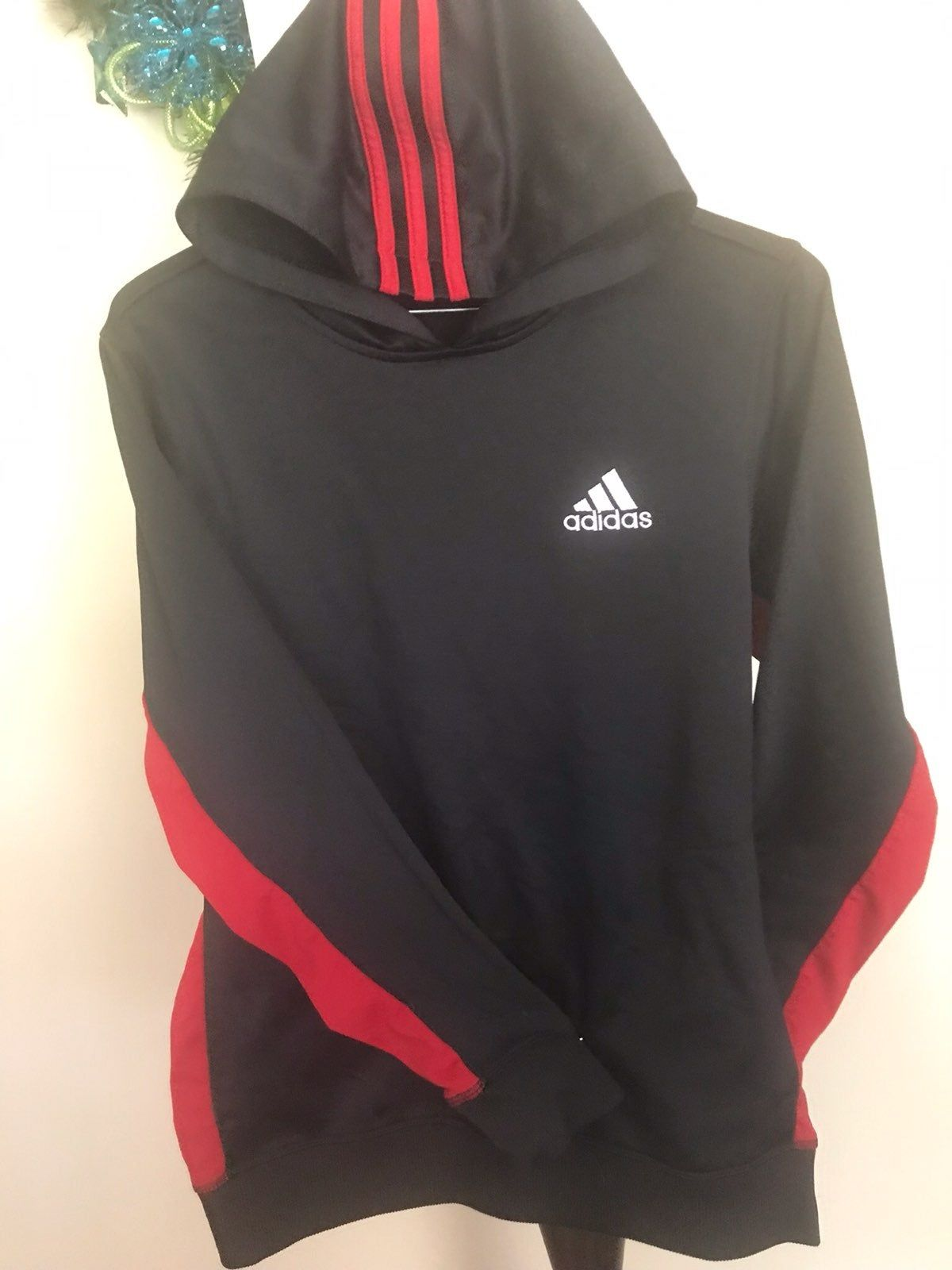 topp design super specialerbjudanden super kvalitet Black with red stripes & side panels hoodie. | Adidas Top & t ...