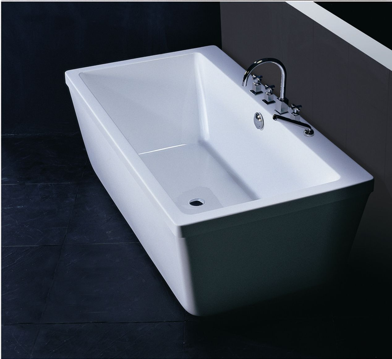 Neptune Amaze rectangular bathtub is freestanding and will \