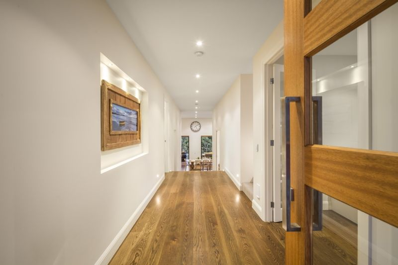 Modern Entry and hallway, Contemporary Weatherboard on a Sloping ...
