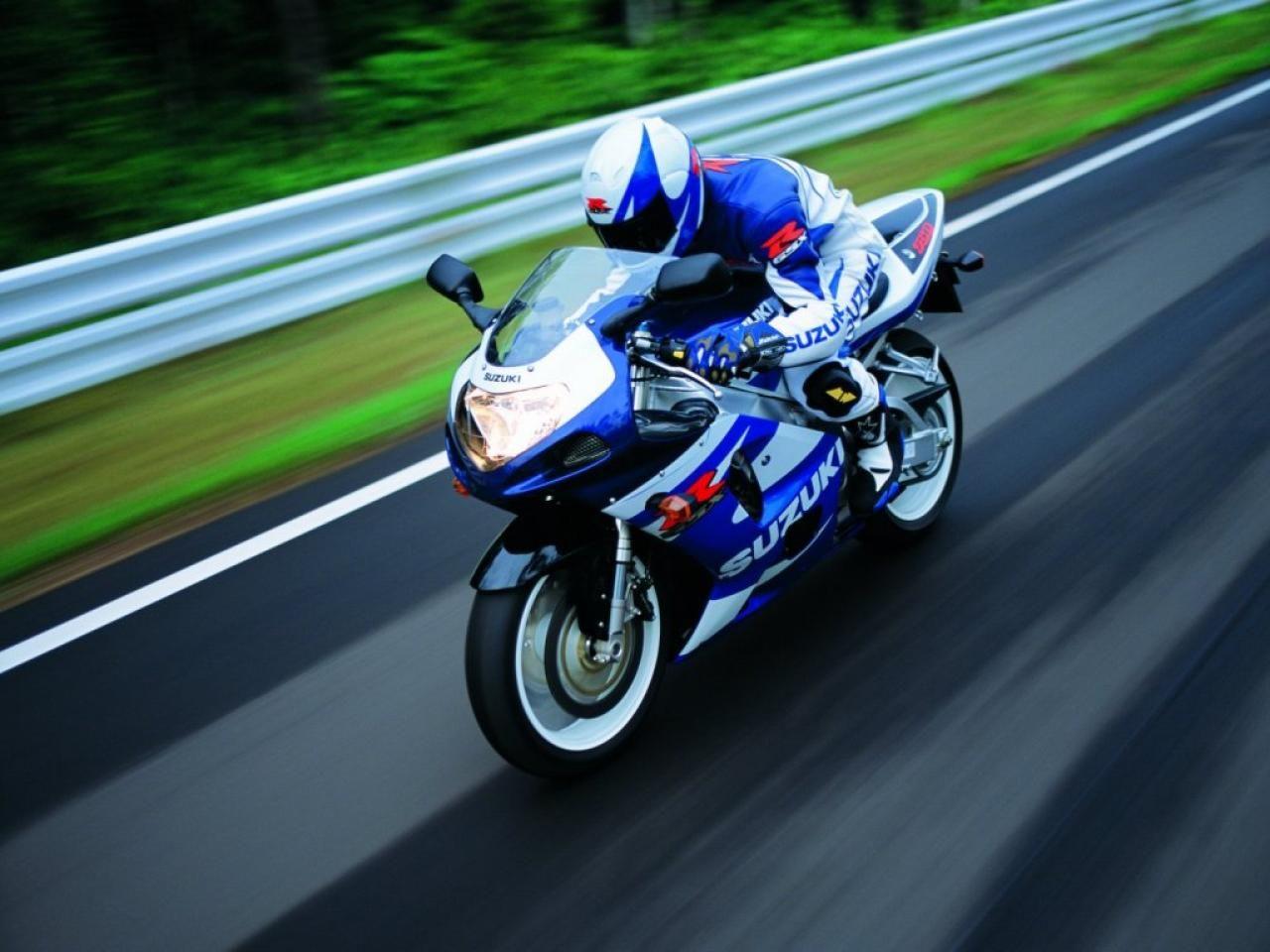 Suzuki gsx r750 wallpapers hd 10