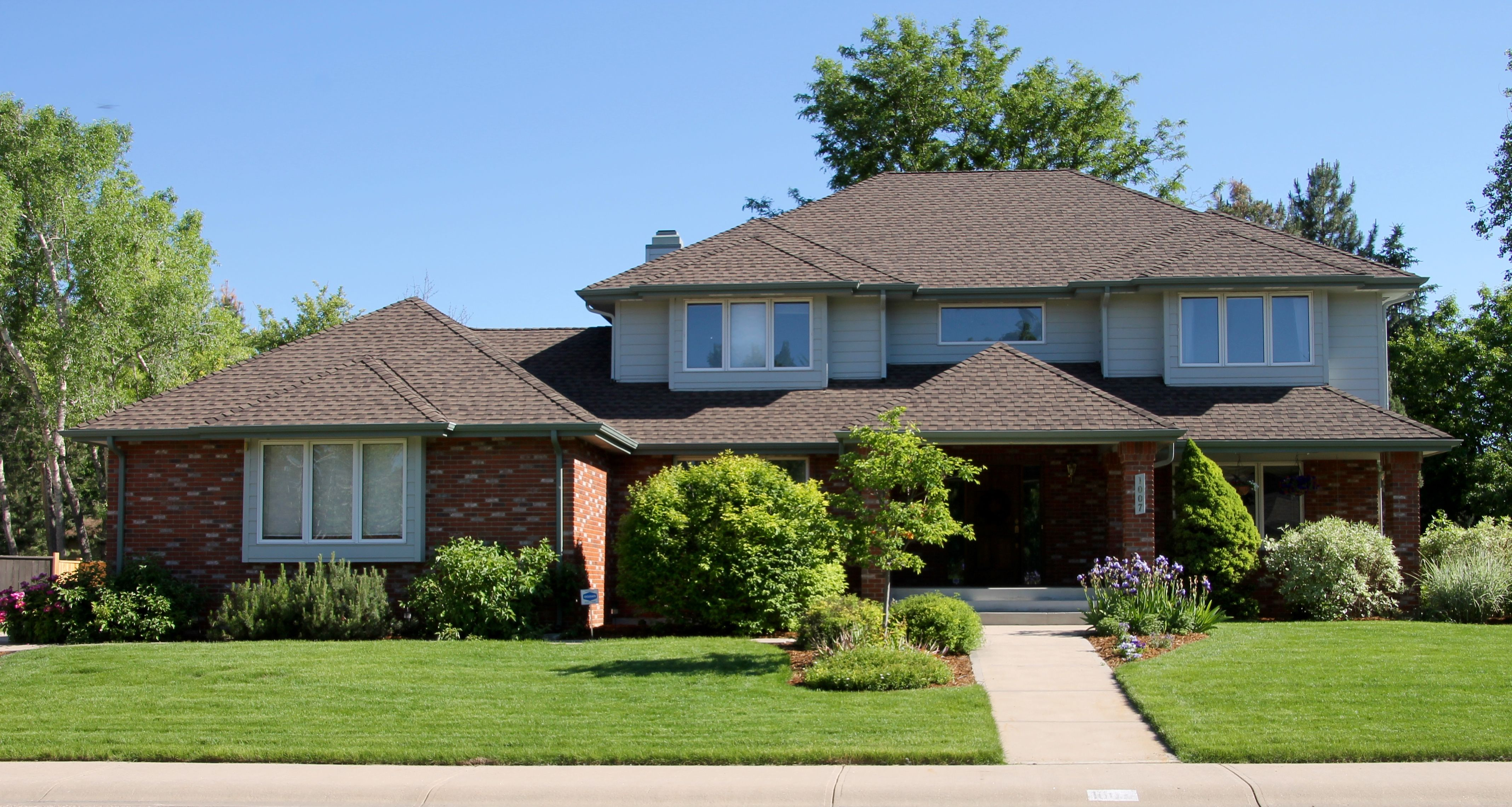 Best This Home In Fort Collins Has Barkwood Shingles Installed 640 x 480