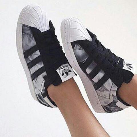 Rita Adidas S X H Pack Smoke Ora E O Pinterest Originals frWE5Swqf c21499a78ee
