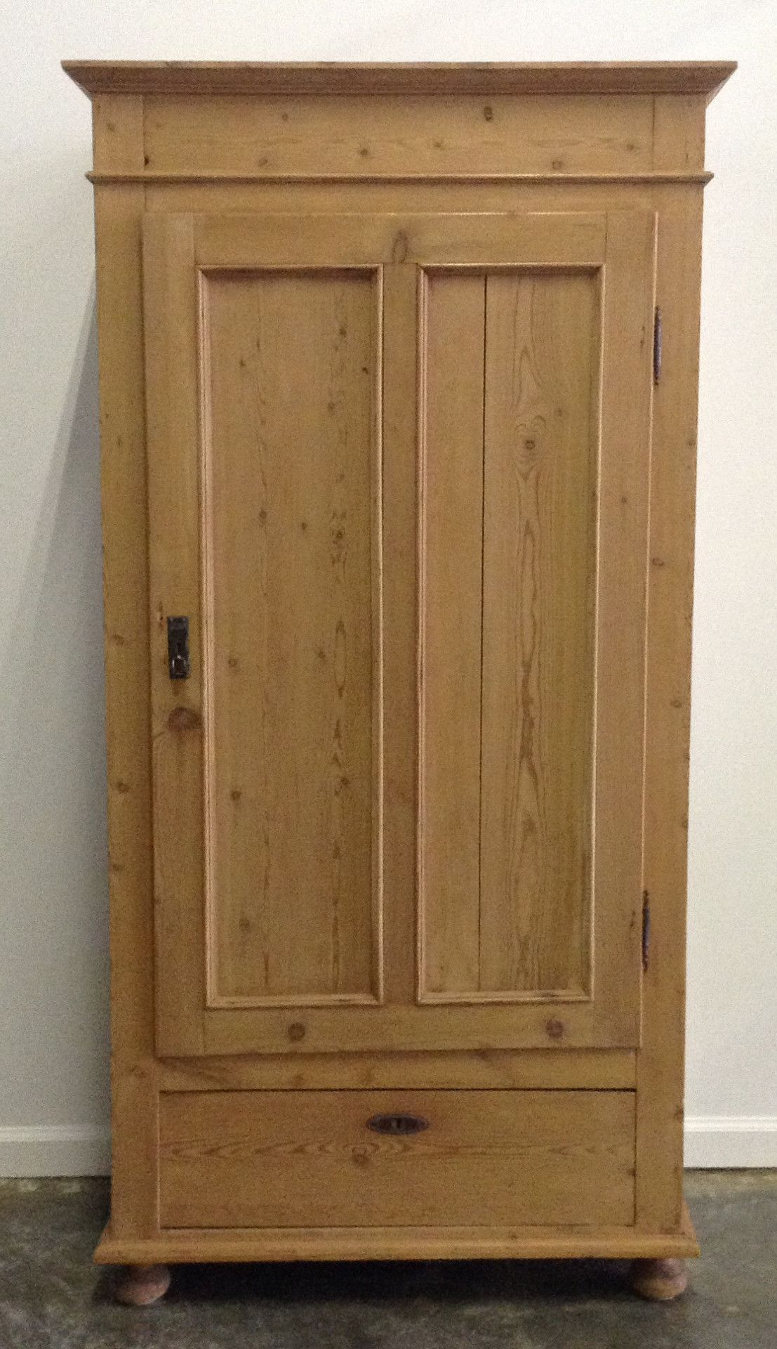 Antique Pine one door cabinet with shelves. - Antique Pine One Door Cabinet With Shelves. Earthly Desires